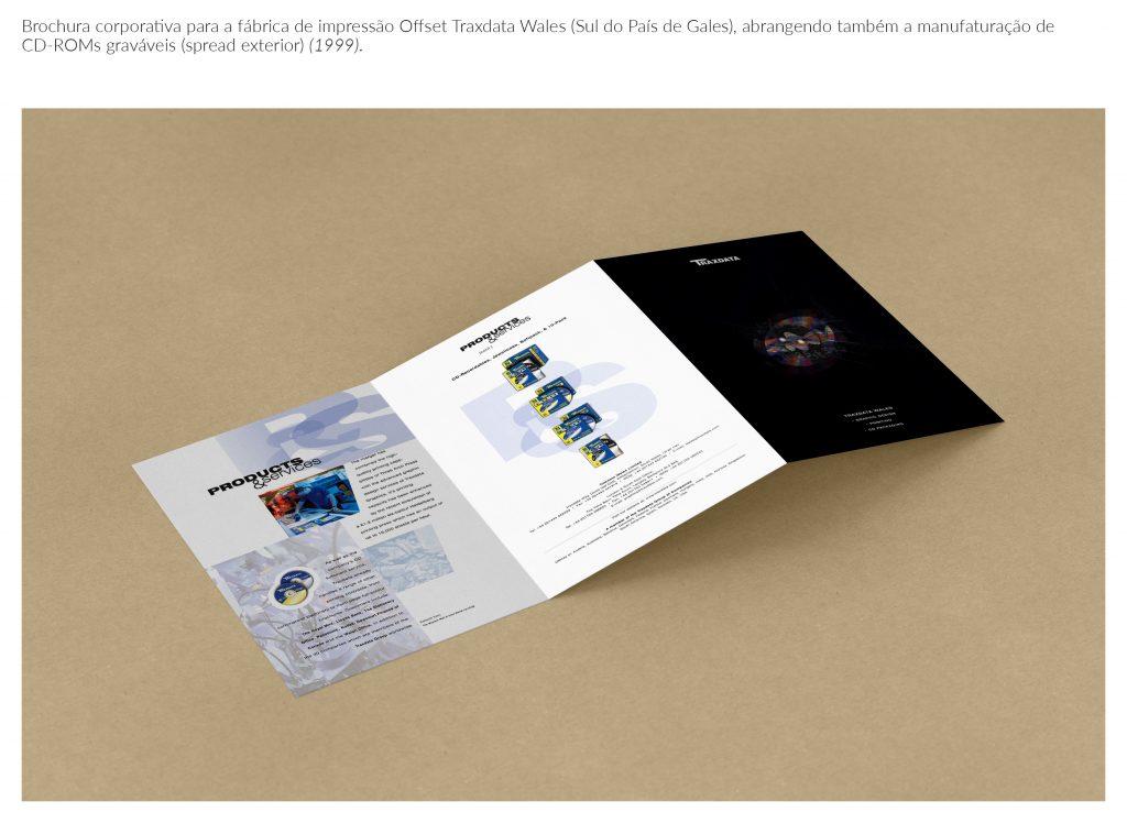 traxdata-corporate-brochure-triptych-outside